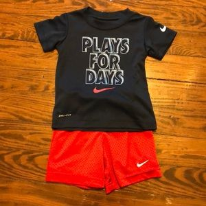 Perfect Nike toddler set